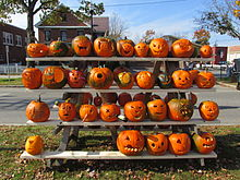 Rack_of_pumpkins _Keene_NH